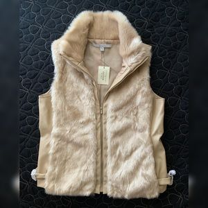 Brandnew GUESS Vest Womens Large
